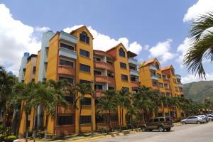 Apartamento En Venta En Municipio San Diego, Poblado De San Diego, Venezuela, VE RAH: 17-12070