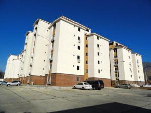 Apartamento En Venta En Municipio San Diego, Monteserino, Venezuela, VE RAH: 17-12244
