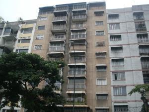 Apartamento En Venta En Caracas, Bello Campo, Venezuela, VE RAH: 17-12091
