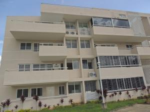 Apartamento En Venta En Caracas, Bosques De La Lagunita, Venezuela, VE RAH: 17-12163