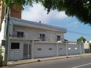 Apartamento En Ventaen Maracaibo, Avenida Bella Vista, Venezuela, VE RAH: 17-12140