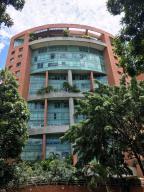 Apartamento En Alquiler En Caracas, El Rosal, Venezuela, VE RAH: 17-12127