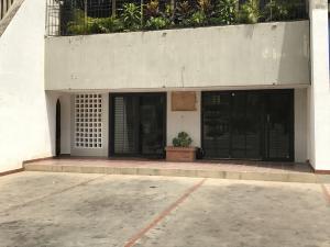 Local Comercial En Venta En Maracaibo, La Lago, Venezuela, VE RAH: 17-12129