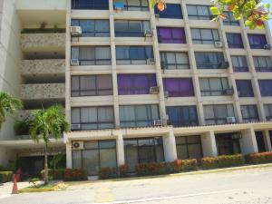 Apartamento En Venta En Higuerote, Agua Sal, Venezuela, VE RAH: 17-12286