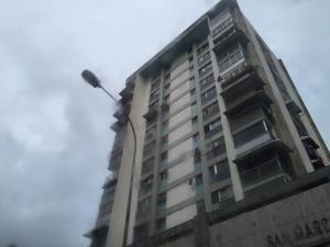 Apartamento En Venta En Caracas, Chacao, Venezuela, VE RAH: 17-12180
