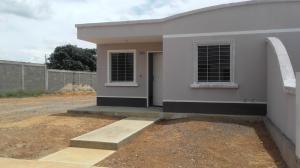 Casa En Venta En Barquisimeto, Roca Del Norte, Venezuela, VE RAH: 17-12196