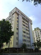 Apartamento En Venta En Valencia, Prebo I, Venezuela, VE RAH: 17-11929