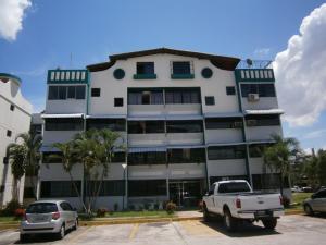 Apartamento En Venta En Municipio San Diego, Los Andes, Venezuela, VE RAH: 17-12188