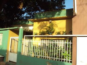 Terreno En Ventaen Maracay, El Limon, Venezuela, VE RAH: 17-12222