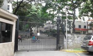 Apartamento En Venta En Caracas - El Paraiso Código FLEX: 17-12264 No.2
