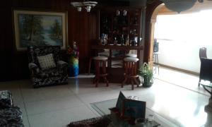 Apartamento En Venta En Caracas - El Paraiso Código FLEX: 17-12264 No.4