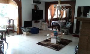 Apartamento En Venta En Caracas - El Paraiso Código FLEX: 17-12264 No.5
