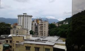 Apartamento En Venta En Caracas - El Paraiso Código FLEX: 17-12264 No.7