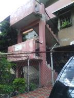 Apartamento En Ventaen Caracas, El Valle, Venezuela, VE RAH: 17-12193