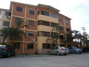Apartamento En Venta En Municipio San Diego, Chalet Country, Venezuela, VE RAH: 17-12201