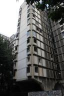Apartamento En Venta En Caracas, Bello Monte, Venezuela, VE RAH: 17-12204