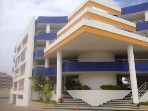 Apartamento En Ventaen Lecheria, Av Americo Vespucio, Venezuela, VE RAH: 17-12223