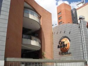 Local Comercial En Ventaen Caracas, Sabana Grande, Venezuela, VE RAH: 17-12466