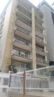 Apartamento En Alquiler En Caracas, Altamira, Venezuela, VE RAH: 17-12314