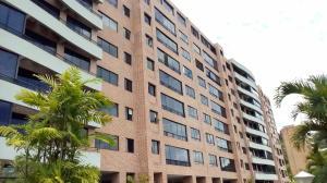 Apartamento En Venta En Caracas, Solar Del Hatillo, Venezuela, VE RAH: 17-12267