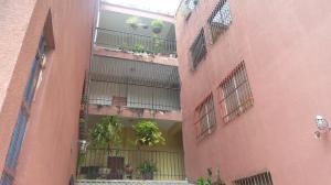 Apartamento En Venta En Valencia, Los Caobos, Venezuela, VE RAH: 17-12310