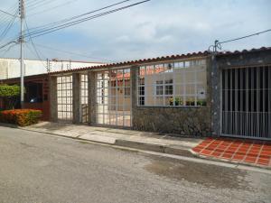 Casa En Venta En Turmero, La Mantuana, Venezuela, VE RAH: 17-12282