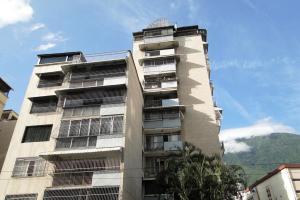 Apartamento En Ventaen Caracas, Los Palos Grandes, Venezuela, VE RAH: 17-11888