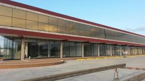 Local Comercial En Alquiler En Punto Fijo, Los Caciques, Venezuela, VE RAH: 17-12312