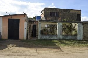 Casa En Ventaen Barquisimeto, Parroquia El Cuji, Venezuela, VE RAH: 17-12315