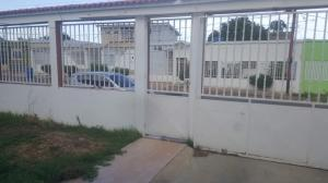 Casa En Ventaen Punto Fijo, Santa Irene, Venezuela, VE RAH: 17-12319