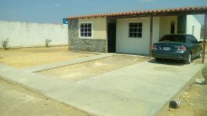 Casa En Venta En Punto Fijo, Guanadito, Venezuela, VE RAH: 17-12332