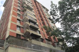 Apartamento En Alquiler En Caracas, Prado Humboldt, Venezuela, VE RAH: 17-12338