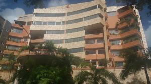 Apartamento En Venta En Caracas, Lomas Del Sol, Venezuela, VE RAH: 17-12354