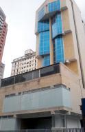 Local Comercial En Alquiler En Caracas, Sabana Grande, Venezuela, VE RAH: 17-12360