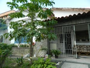 Casa En Venta En Caracas, El Paraiso, Venezuela, VE RAH: 17-12373
