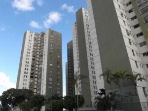 Apartamento En Venta En Caracas, Los Samanes, Venezuela, VE RAH: 17-12397