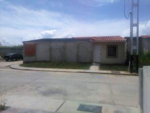 Casa En Ventaen Guacara, Ciudad Alianza, Venezuela, VE RAH: 17-12421