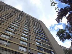 Apartamento En Ventaen Caracas, Prados Del Este, Venezuela, VE RAH: 17-12986