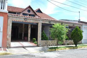 Casa En Ventaen Maracay, La Morita, Venezuela, VE RAH: 17-12470