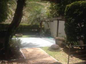 En Venta En Caracas - Lomas de La Alameda Código FLEX: 17-12467 No.5