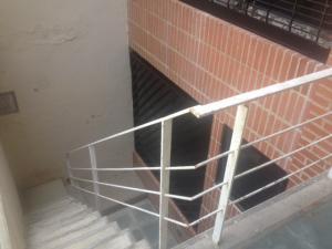 En Venta En Caracas - Lomas de La Alameda Código FLEX: 17-12467 No.7