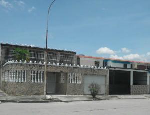Casa En Ventaen Valencia, Flor Amarillo, Venezuela, VE RAH: 17-12614