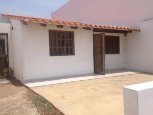 Casa En Ventaen Punto Fijo, Puerta Maraven, Venezuela, VE RAH: 17-12628