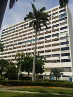 Apartamento En Ventaen Parroquia Caraballeda, Caribe, Venezuela, VE RAH: 17-12650