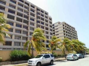 Apartamento En Ventaen Margarita, Maneiro, Venezuela, VE RAH: 17-12683