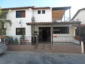 Casa En Ventaen Cabudare, Parroquia José Gregorio, Venezuela, VE RAH: 17-12687