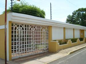 Casa En Ventaen Maracaibo, Lomas Del Valle 2, Venezuela, VE RAH: 17-12828