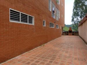 En Venta En Caracas - Monte Alto Código FLEX: 17-12719 No.15