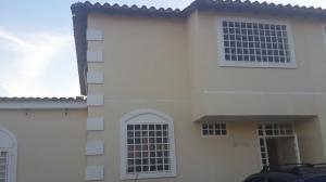 Apartamento En Ventaen Guatire, Villas De Buenaventura, Venezuela, VE RAH: 17-12785