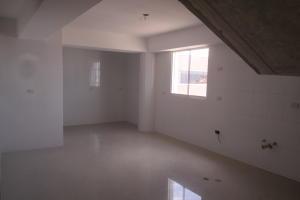 Apartamento En Venta En Catia La Mar - Playa Grande Código FLEX: 17-12742 No.15